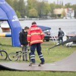 DLRG auf Skateboard beim Wassersportfest 2017
